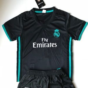 Other - Ronaldo REAL MADRID KIDS SOCCER JERSEY 2018